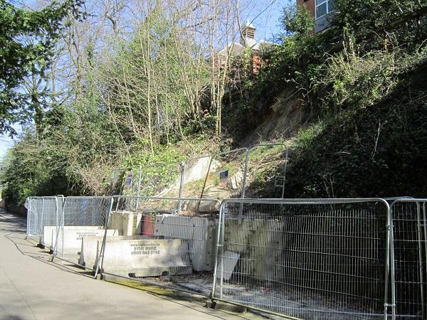 Tunnel Road April 2015