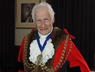 cllr david powell mayor 2016-17 for feat img