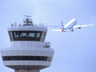 control-tower-with-aircraft